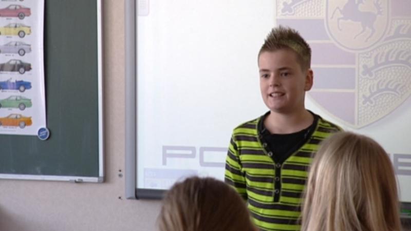 16 porsches op school voor je spreekbeurt nos jeugdjournaal for Gino krimpen aan den ijssel