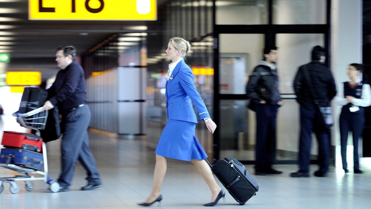 KLM gaat 700 miljoen euro bezuinigen