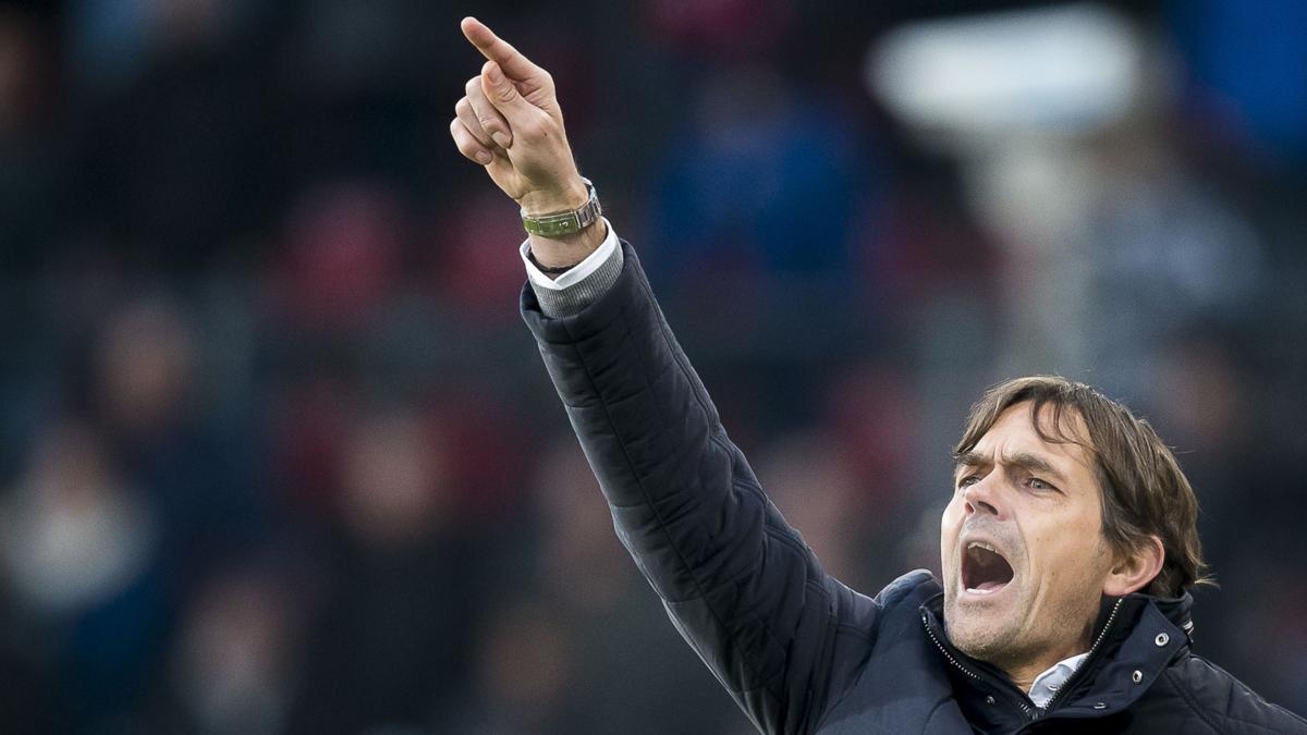 PSV staat eerste, maar 'is nog nergens'