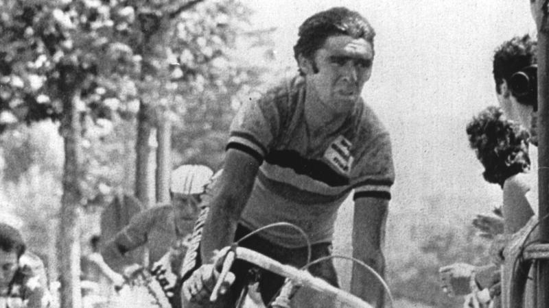 Oud-renner Criquielion overleden op 58-jarige leeftijd: nos.nl/artikel/2019985-oud-renner-criquielion-58-overleden.html
