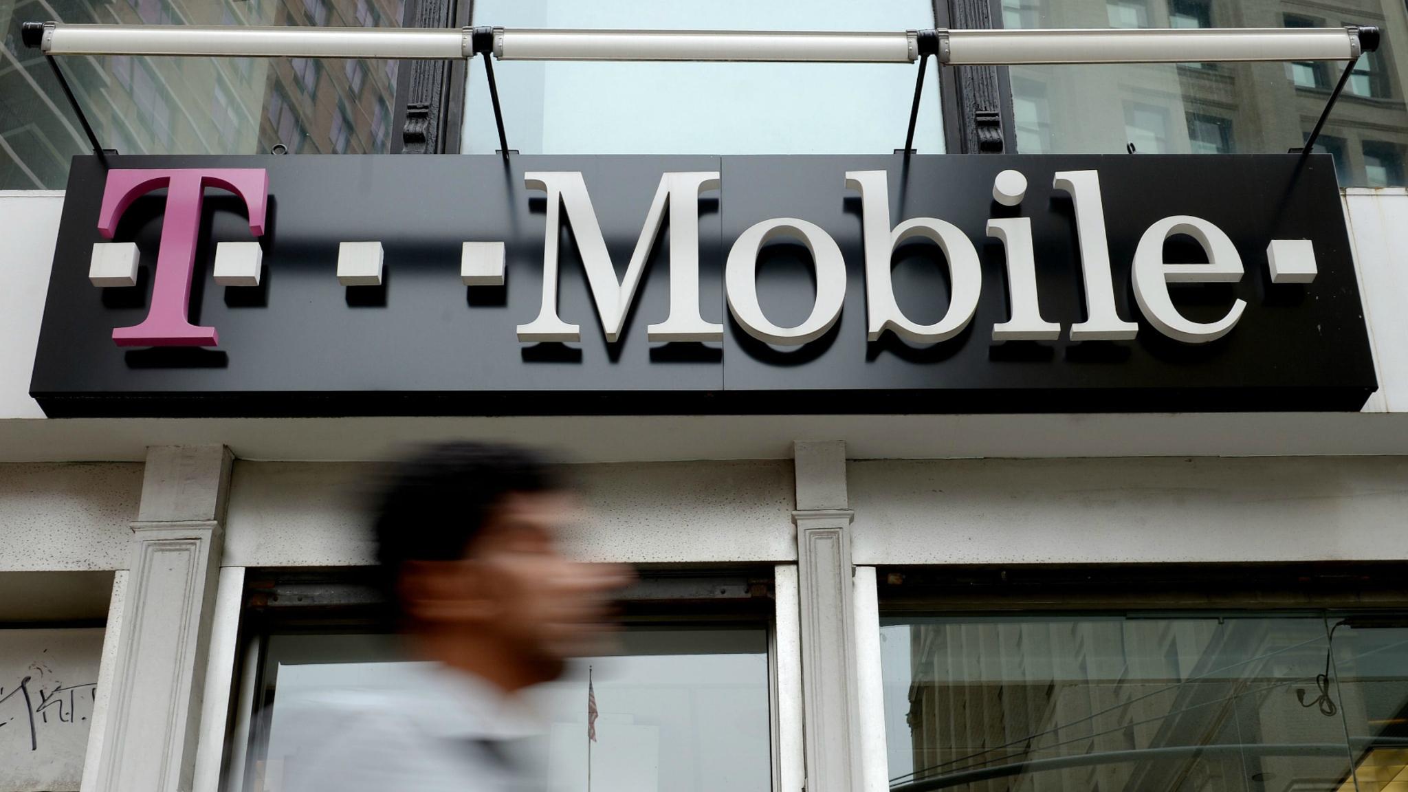 Amerikaanse T-Mobile-klanten dupe van hack | NOS