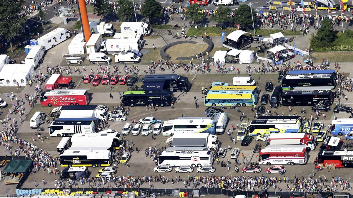 Tourblog: renners maken zich op voor vertrek uit Utrecht