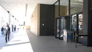 39 dit is een geweldig gebouw om beter te maken 39 nieuwsuur - Hal ingang ontwerp ...