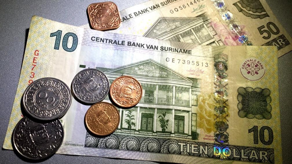 suriname ontkoppelt eigen dollar van amerikaanse | nos