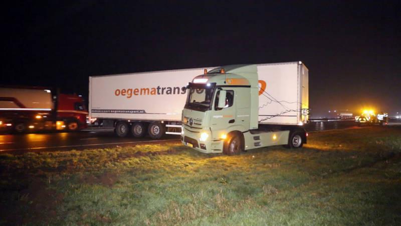 Meerdere ongelukken op A28 rond Zwolle: vrachtwagen geschaard.