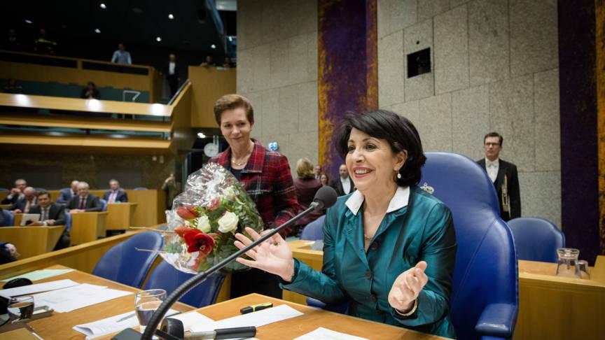Pvda kamerlid arib is de nieuwe voorzitter van de tweede kamer nos - Van de kamer kind ...