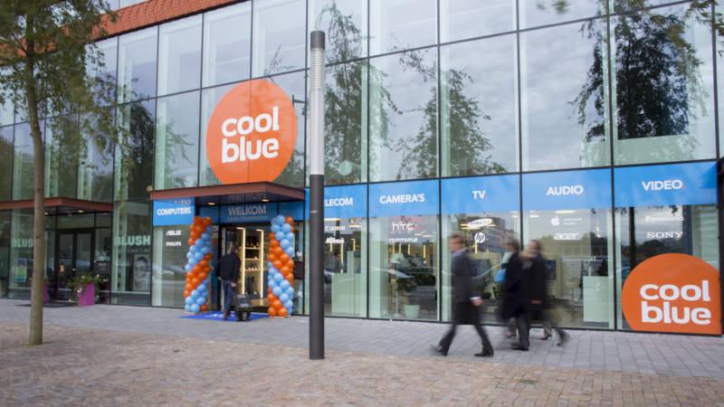 Webshop ontdekt voordelen van 39 ouderwetse 39 winkel nos for Reiswinkel den haag