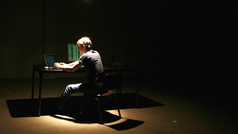 Leeuwarder websitebouwer licht honderden mensen op