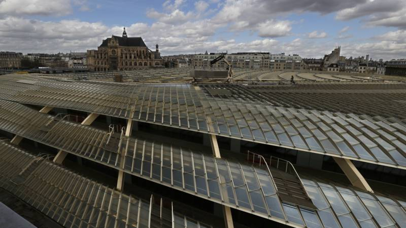 Vernieuwd hallen complex moet parijs een nieuw hart geven nos - Glazen ingang ...