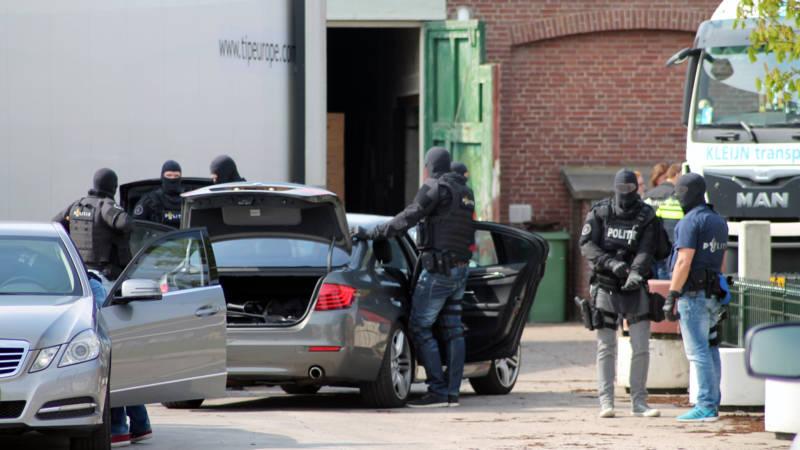 Honderden kilo's coke in loods in Sint Philipsland