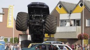 Bekijk details van Chauffeur monstertruck Haaksbergen in hoger beroep