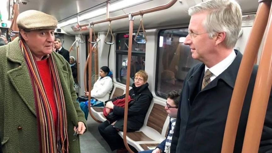 比利時國王親自到被恐怖攻擊的地鐵站乘坐地鐵