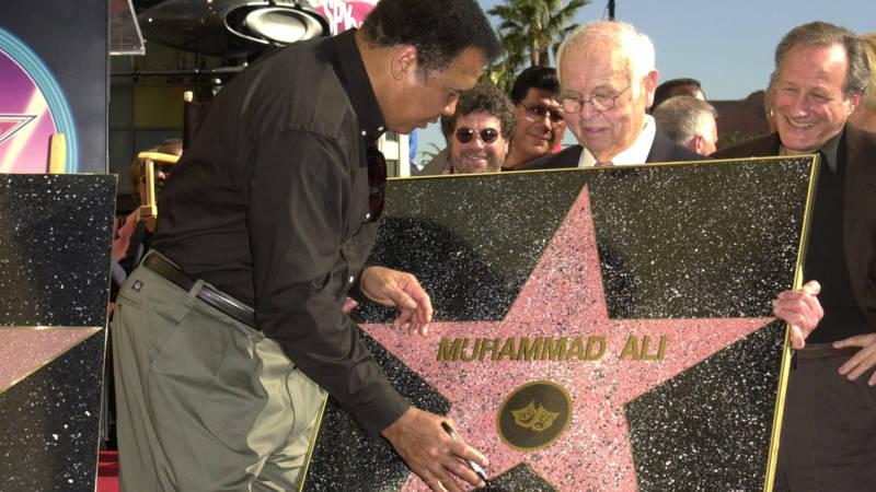 Muhammad Ali Staat Boven De Rest Van De Sterren Nos