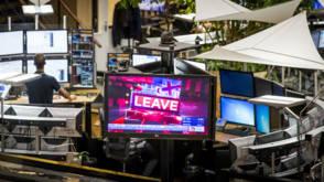 Bekijk details van Brexit laat beurzen bloeden, ABN Amro verliest ruim 12 procent