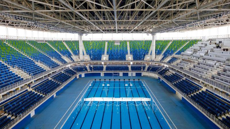 Zelfs zonder publiek maakt het olympisch bad al indruk olympische spelen 2016 nos - Zwembad entourage ...