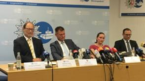Bekijk details van OM Duitsland onderzoekt vijf verdachte gevallen Klaus Ross