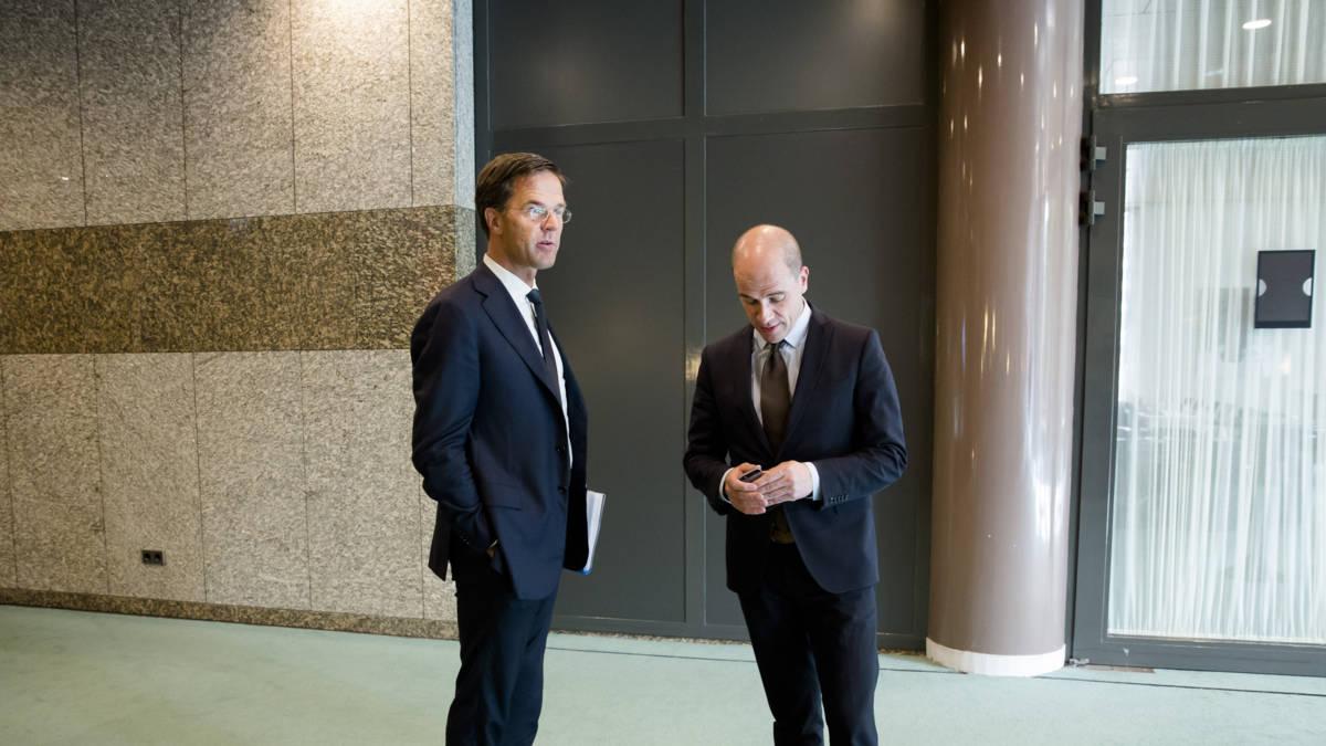 Mea culpa van Rutte en Samsom om met 'frisse moed' door te gaan