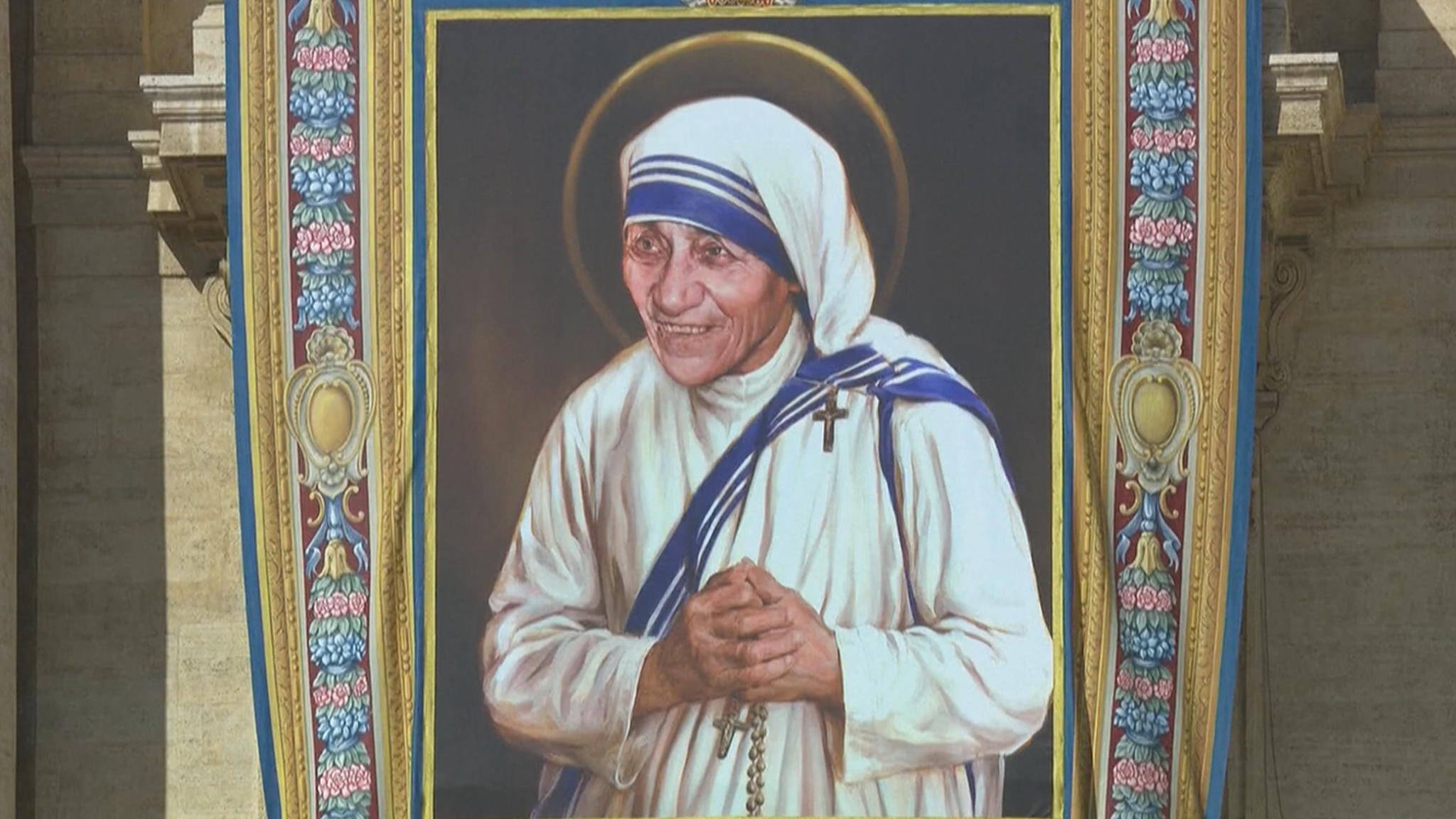 Moeder Teresa heilig verklaard | NOS