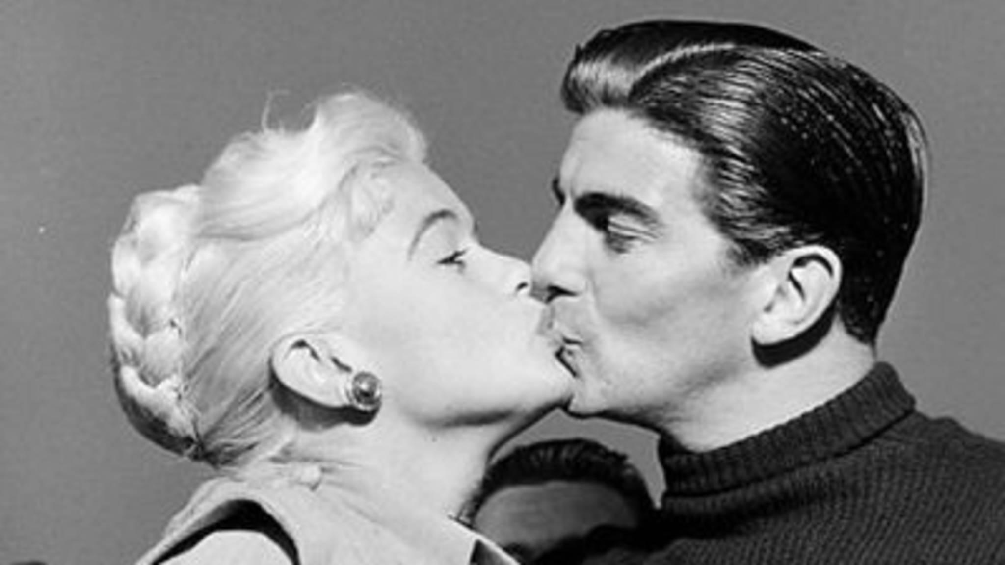 Hoe zeg je dating in het Frans aansluiting bar in NYC