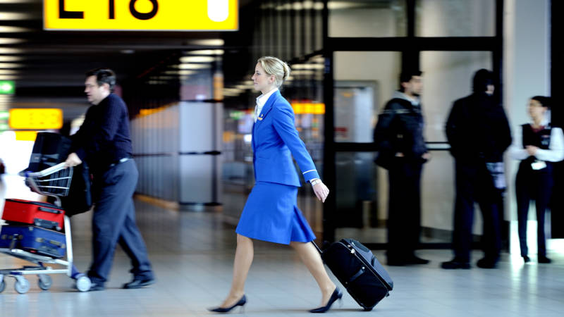 Cabinepersoneel KLM gaat vrijdag een uur staken