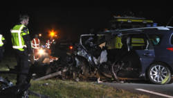 Twee automobilisten omgekomen door frontale botsing bij Zwartsluis.