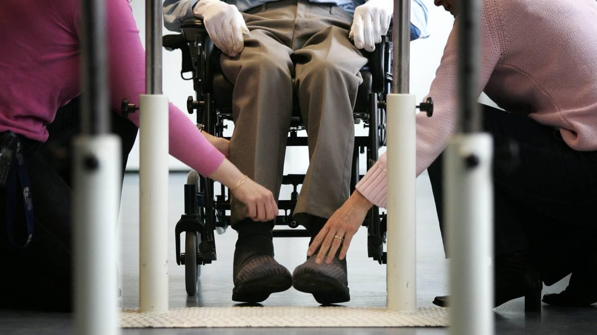 Ondernemers ouderenzorg vragen om meer geld na manifest