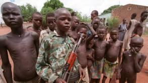 Bekijk details van 145 kindsoldaten vrijgelaten in Zuid-Sudan