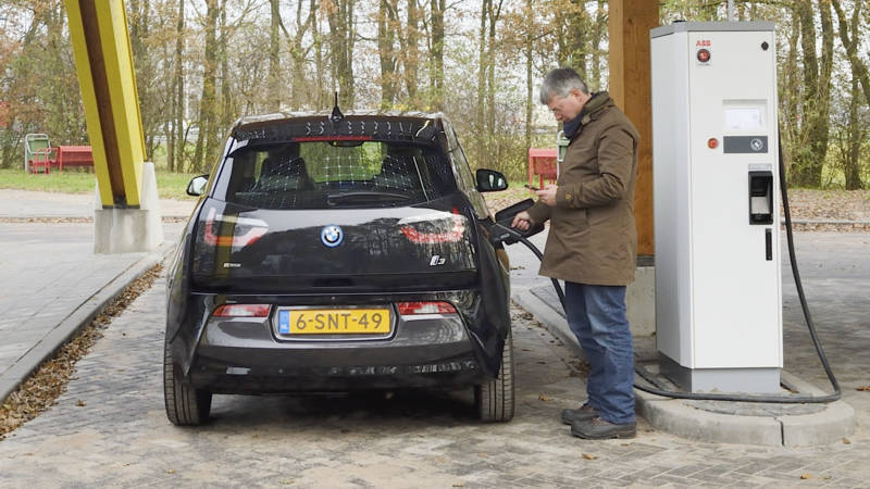 Elektrisch Laden Wordt Net Als Benzine Tanken Nos