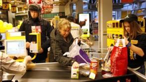 Inkomens huishoudens met 2,1 procent gestegen
