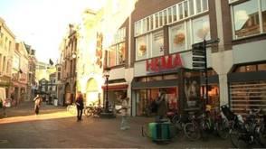 Bekijk details van Utrechtse harenknipper vreest herkenning en meldt zich
