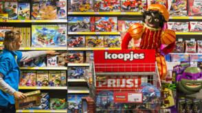 De laatste cadeaus en surprise-stress voor Sinterklaas