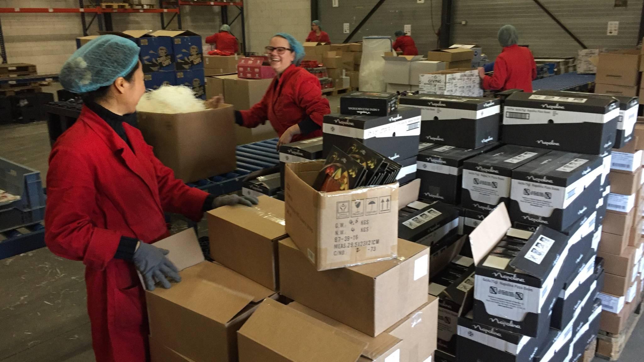 Economie Trekt Aan Kerstpakket Mag Weer Wat Kosten Nos
