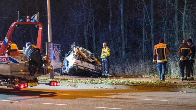 Drie jonge mannen omgekomen na auto-ongeluk in Groningen.