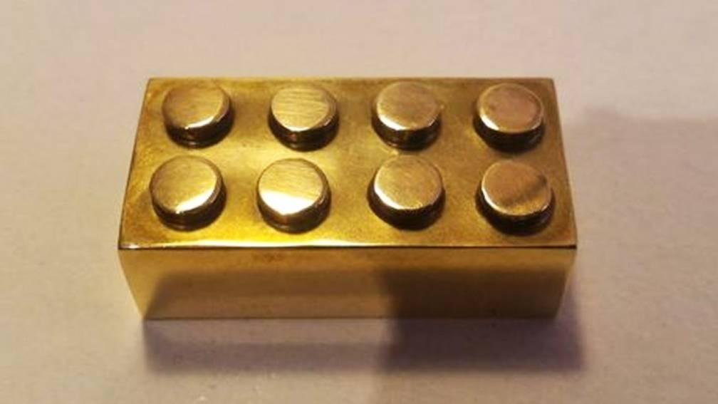 Dit is de duurste lego-steen ooit | NOS Jeugdjournaal