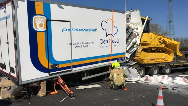 Verkeer A29 en A59 vast na verkeersongelukken.