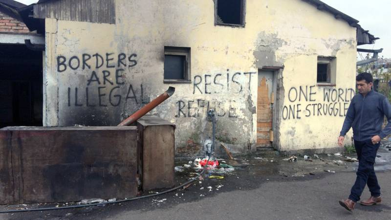 Pro-refugee graffiti in Serbia, photo Mitra Nazar