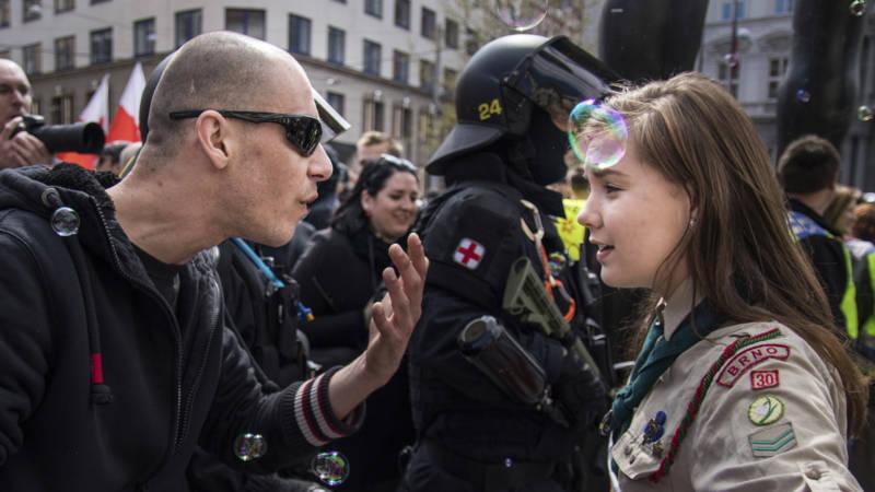 Nazi against Lucie Myslikova, Hollandse Hoogte, AP photo