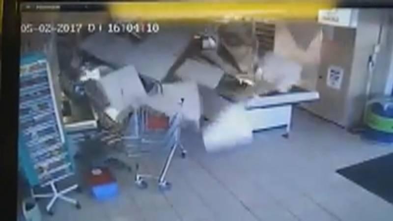 Caissi re ontsnapt aan neerstortend plafond nos - Trap spar ...