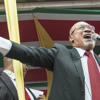 President Bouterse waarschuwt voor 'destabiliserende individuen'