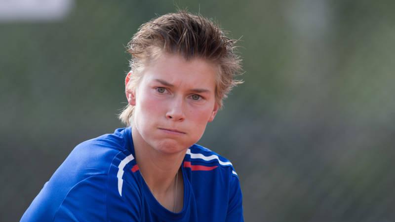 Ook de tenniswereld staat machteloos tegen online for Demi schuurs