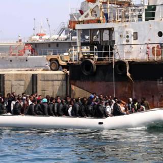Bekijk details van EU-leiders beperken migratiepuzzel tot versterkte buitengrens