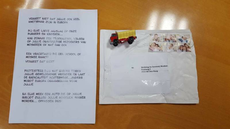 Letter threatening as-Soennah mosque with terrorism, with toy truck