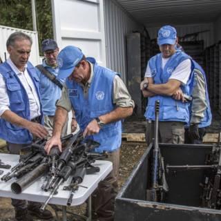 VN: vrijwel alle wapens FARC ingeleverd