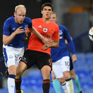 Nederlands getint Everton moeizaam langs Ruzomberok