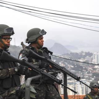 Bekijk details van Leger probeert met mega-operatie veiligheid Rio te herstellen