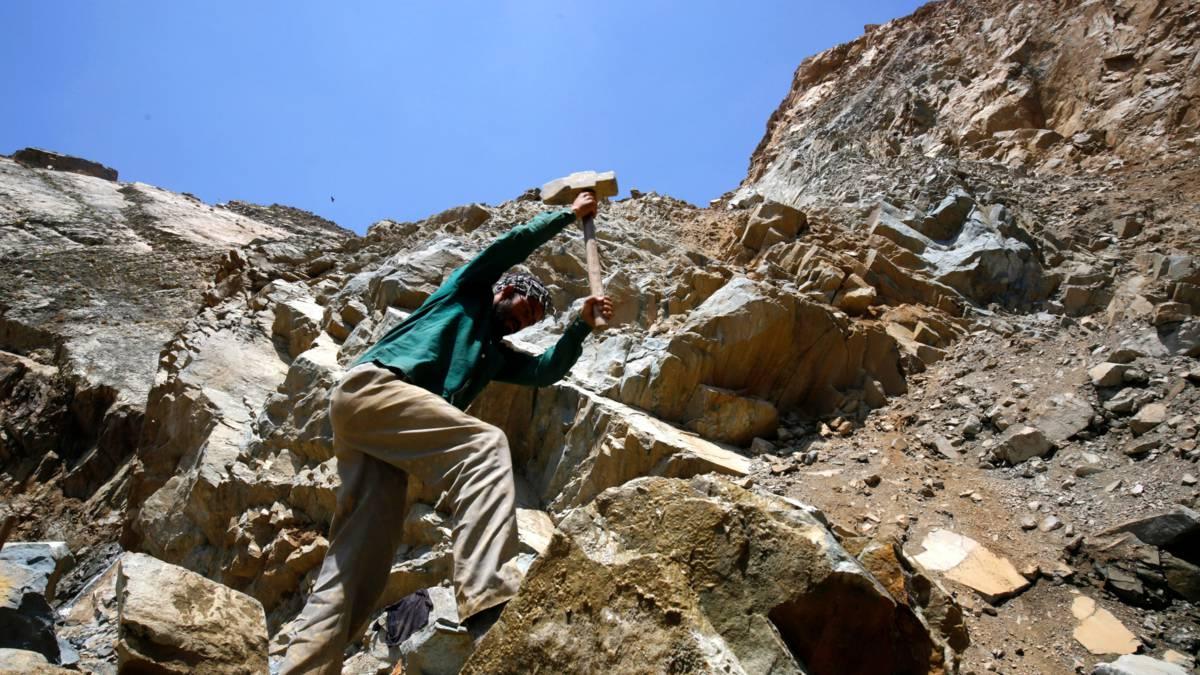 'Nederlandse bedrijven verkopen besmet graniet uit India'