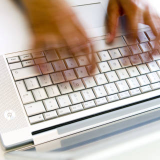 'Na-apen mailadressen Tweede Kamer relatief makkelijk'