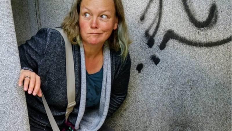 instagram vrouw borst in de buurt Monnickendam