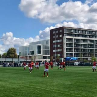 Voetballer Nieuw Utrecht ernstig gewond na kopstoot ploeggenoot