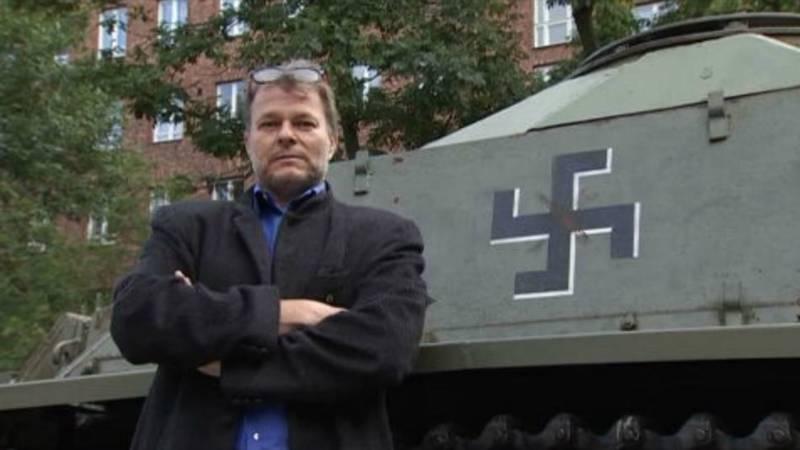 Finland Worstelt Met Hakenkruis Op Legervlaggen En Uniformen Nos